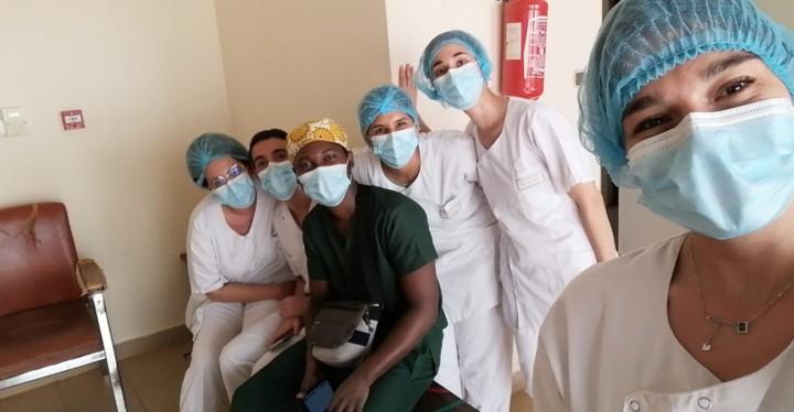 etudiants en soins infirmiers